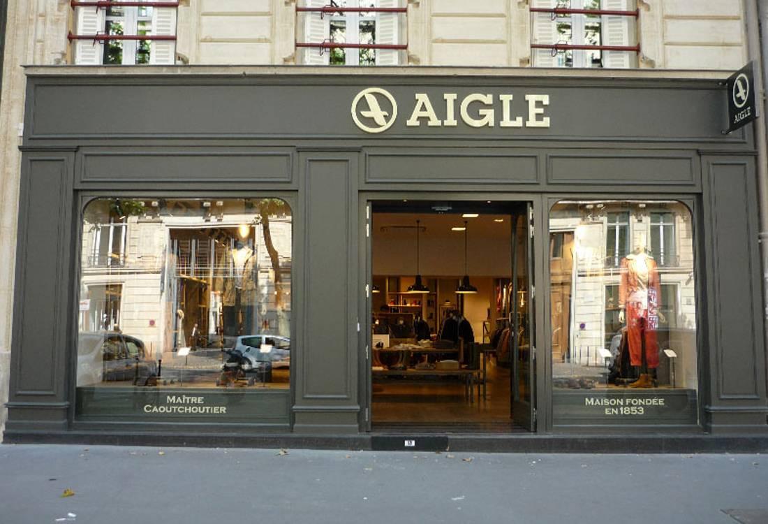 bb51967e4f4b40 Déploiement des boutiques Aigle en France - Nea Architects